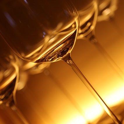 Vaisselles et verres à vins